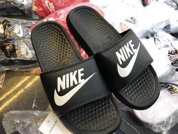 Dép Nike Benassi JDI màu đen